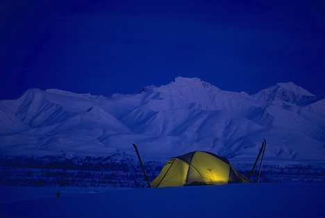 tent camping in winter