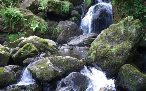 waterfalls - w001