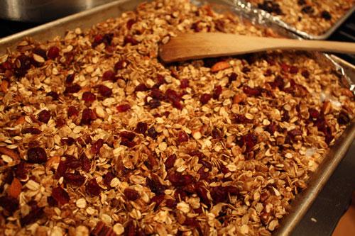 homemade-granola-jpg